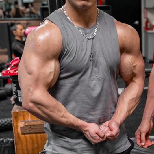 anadrol-pill-muscular-man